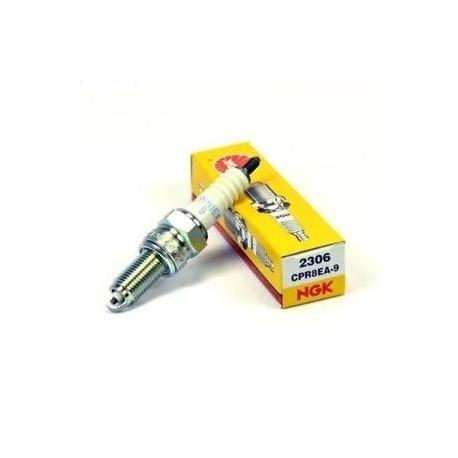 31916-KRM-841 : Honda original spark plug CB500